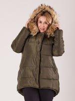 Khaki pikowana kurtka damska z futerkiem PLUS SIZE                                  zdj.                                  5