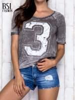 Khaki t-shirt z cyfrą 3                                  zdj.                                  1