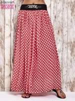 Koralowa spódnica maxi w grochy z ozdobnym pasem