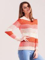 Koralowo-różowy sweter w pasy                                  zdj.                                  3