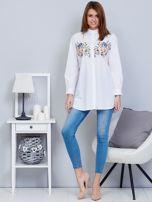 Koszula biała ze stójką i haftem                                  zdj.                                  4