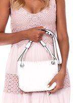 Kremowa składana torebka listonoszka-worek z plecionką                                  zdj.                                  3