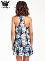 Kwiatowa sukienka z falbaną