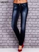 LIU JO Granatowe spodnie jeansowe z przetarciami                                  zdj.                                  1