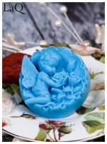 LaQ Mydełko duże Anioł z różami w medalionie - niebieski / Zapach - wata cukrowa BEZ SLS i SLES                                  zdj.                                  2