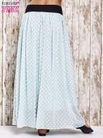 Miętowa spódnica maxi w grochy z ozdobnym pasem
