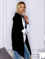 Narzutka damska z kapturem czarna                                  zdj.                                  5