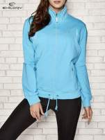 Niebieska bluza sportowa fitness ze wstawkami