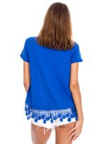 Niebieska bluzka z koronkowym wykończeniem                                  zdj.                                  2