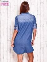 Niebieska denimowa sukienka koszula z kieszonkami