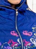 Niebieska kurtka z kwiatowym motywem                                  zdj.                                  8