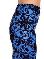 Niebieska spódnica ołówkowa w róże                                                                          zdj.                                                                         6