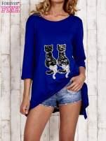 Niebieska tunika dresowa z aplikacją kotów z cekinów                                  zdj.                                  1