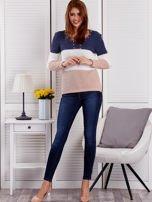 Niebieski-ecru sweter z perełkami                                  zdj.                                  4