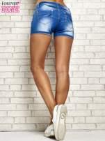 Niebieskie szorty jeansowe z przetarciami                                                                          zdj.                                                                         4