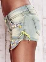Niebieskozielone szorty jeansowe z muszelkami                                  zdj.                                  7
