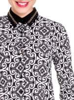 Ornamentowa koszula z czarnym biżuteryjnym kołnierzykiem i mankietami