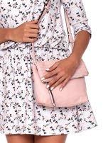 Pudroworóżowa składana torebka listonoszka-worek z plecionką                                  zdj.                                  1