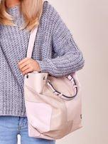 Pudroworóżowa torba shopper z geometrycznymi modułami                                  zdj.                                  3