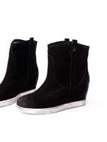 ROCCOBAROCCO Czarne cieniowane botki chamois leather na koturnie                                  zdj.                                  4