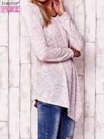 Różowa asymetryczna bluzka z ciemniejszą nitką                                  zdj.                                  3