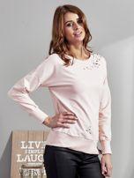 Różowa bluza z rozcięciami i perełkami                                  zdj.                                  3