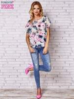 Różowa bluzka koszulowa z motywem exotic print                                  zdj.                                  2