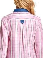 Różowa koszula w kratę z kołnierzykiem, mankietami i kieszonką z ciemnego denimu                                  zdj.                                  8