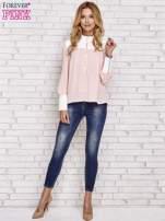 Różowa koszula ze skórzanymi pikowanymi wstawkami