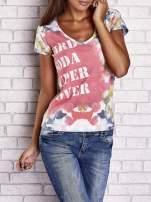 Różowy t-shirt z symetrycznym printem i napisem SUPER LOVER                                  zdj.                                  1