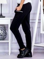 Spodnie damskie dresowe ze ściągaczami czarne                                  zdj.                                  3