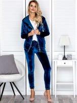 Spodnie dresowe welurowe z diamencikami przy kieszeniach turkusowe                                  zdj.                                  4
