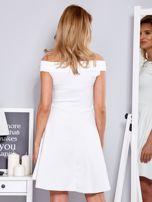 Sukienka biała z perełkami                                  zdj.                                  2