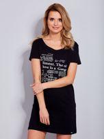 Sukienka czarna bawełniana z nadrukiem newspaper                                  zdj.                                  2