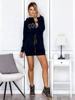 Sukienka damska dresowa z napisem COCO granatowa                                  zdj.                                  4