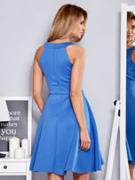 Sukienka niebieska z rozkloszowanym dołem                                  zdj.                                  2