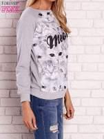 Szara bluza z nadrukiem kotów i napisem                                  zdj.                                  3