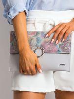 Szara lakierowana kopertówka z kolorową klapką                                  zdj.                                  5