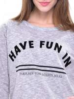 Szara melanżowa damska bluza z napisem HAVE FUN IN PARIS, NEW YORK, LONDON, MILAN