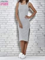 Szara sukienka w paski z rozcięciami                                   zdj.                                  2