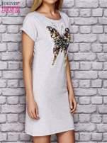 Szara sukienka z cekinowym motylem                                  zdj.                                  3