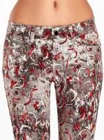 Szare spodnie skinny w kwiaty