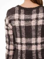 Szaro-różowy długi sweter w kratę                                                                          zdj.                                                                         7