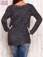 Szary sweter fluffy z cekinami                                  zdj.                                  4