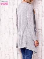 Szary sweter z ciemniejszą nitką                                   zdj.                                  4