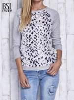 Szary sweter z kolorową wstawką                                                                          zdj.                                                                         1
