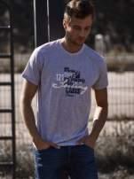 Szary t-shirt męski z marynarskim motywem i napisem SAILING                                                                          zdj.                                                                         1