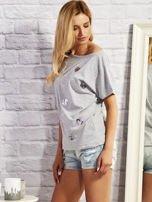 Szary t-shirt z cekinowymi sercami                                  zdj.                                  2