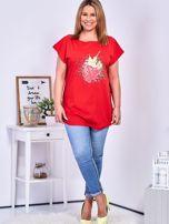 T-shirt czerwony z truskawką PLUS SIZE                                  zdj.                                  4