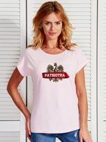 T-shirt damski patriotyczny z nadrukiem Orła Białego jasnoróżowy                                  zdj.                                  1